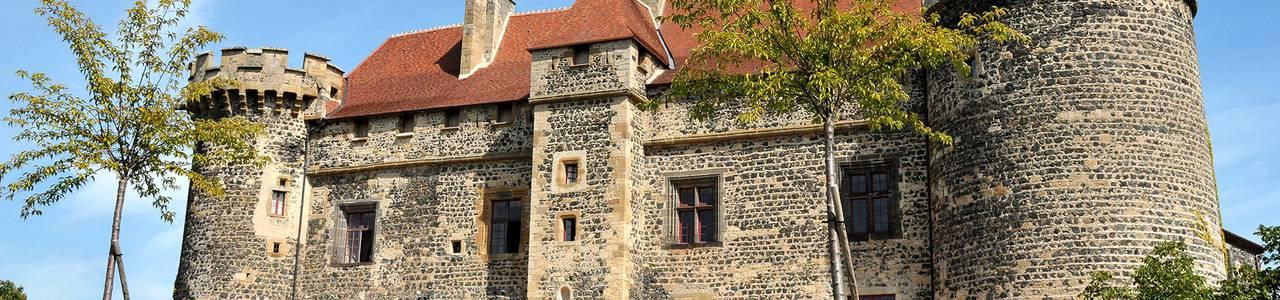 Vue Château royal de st saturnin, maison d'hôtes en Auvergne