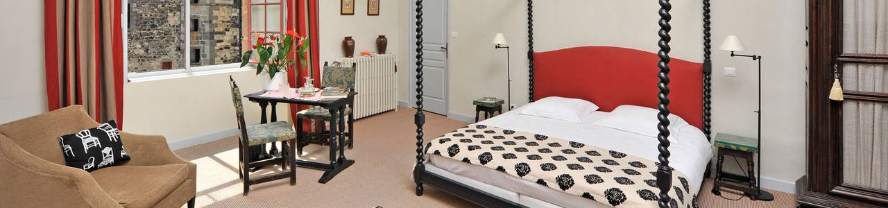 middle age castle room, guest house in Auvergne