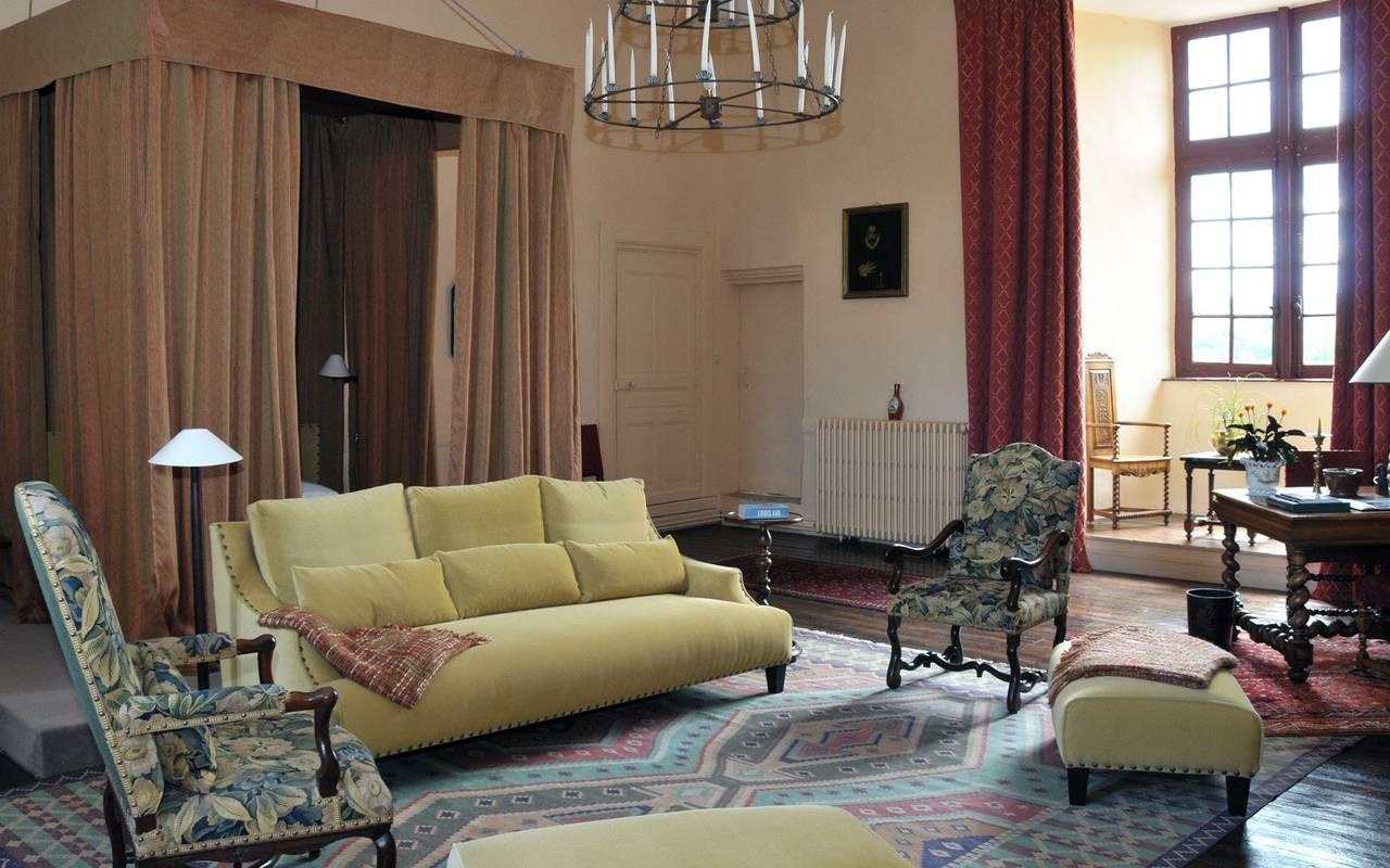 salon canapé suite hotel auvergne